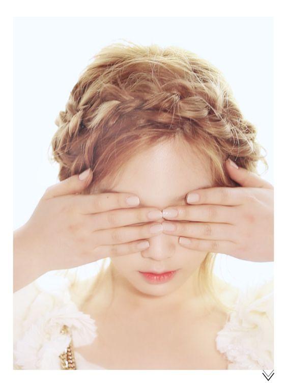 SNSD's Taeyeon // High Cut Korea // Vol.103↩☾それはすぐに私は行くべきである。 ∑(O_O;) ☕ upload is LG G5/2016.05.11 with ☯''地獄のテロリスト''☯ (о゚д゚о)♂