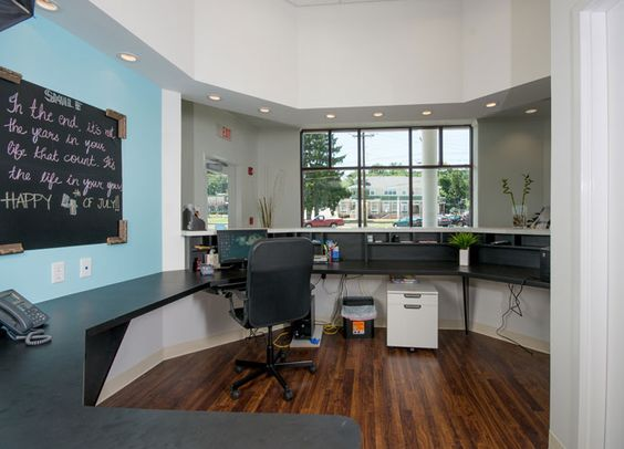 mintdental front desk 694 500 dental pinterest desks