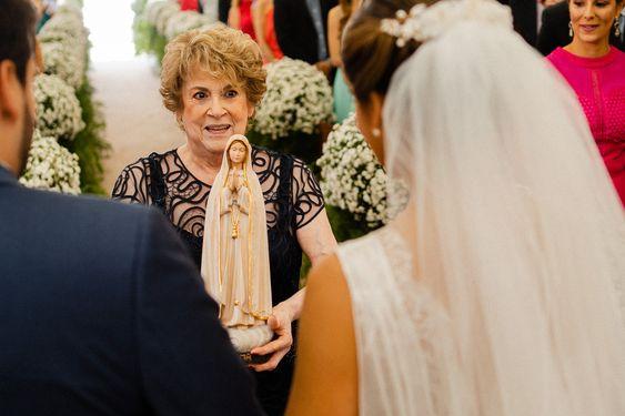 Entrada Imagem, Imagem de Nossa Senhora, Avó, Casamento diurno, Casamento em Aracaju, Cerimonialista de casamento, Cerimonialista em Aracaju, Noivos