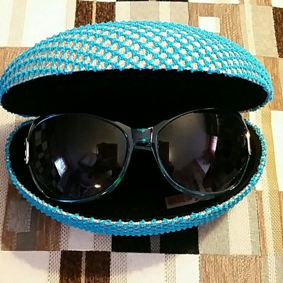 Simply Nicolle fashion sunglasses Cute styling aqua blue pair of sunglasses case is included with the purchase.  Case is aqua and gold. Sunglasses are aqua with gold tone hardware. Simply Nicolle  Accessories Sunglasses