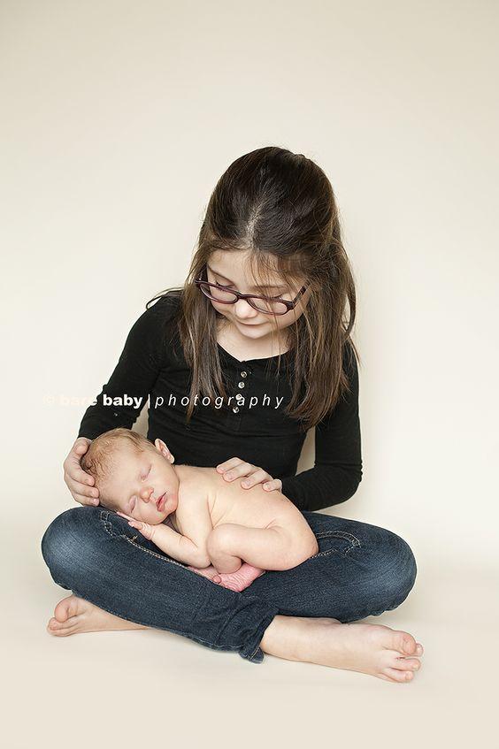 Newborn Baby Posing Bare Baby Photogtaphy