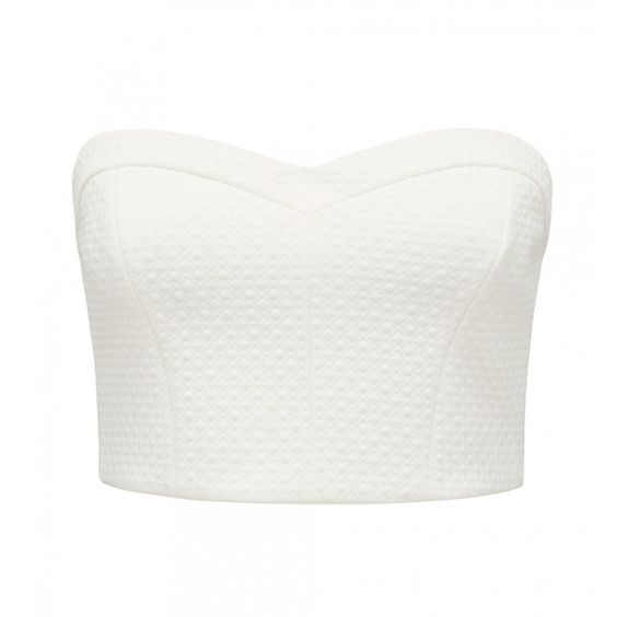 Forever New Sophia Textured Bandeau Crop Top (€13) ❤ liked on Polyvore featuring tops, shirts, crop tops, crop, porcelain, shirt crop top, bandeau tops, ribcage shirt, bandeau shirt tops and white bandeau top