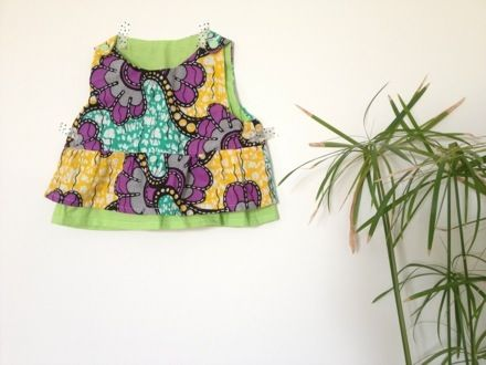 African print baby top. More DIY on http://pares.se