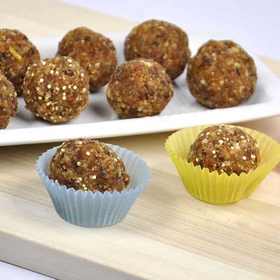 Süße Konfekt-Kugeln mit nährstoffreichen Quinoa-Körnern.