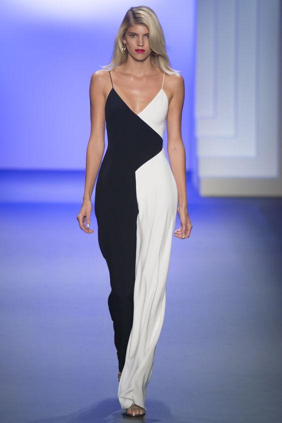 View the complete Cushnie et Ochs Spring 2017 Ready-to-Wear Collection from New York Fashion Week.