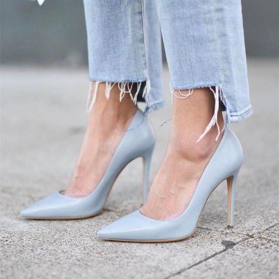 Pointy Shoes- Décolleté tacco a spillo azzurre