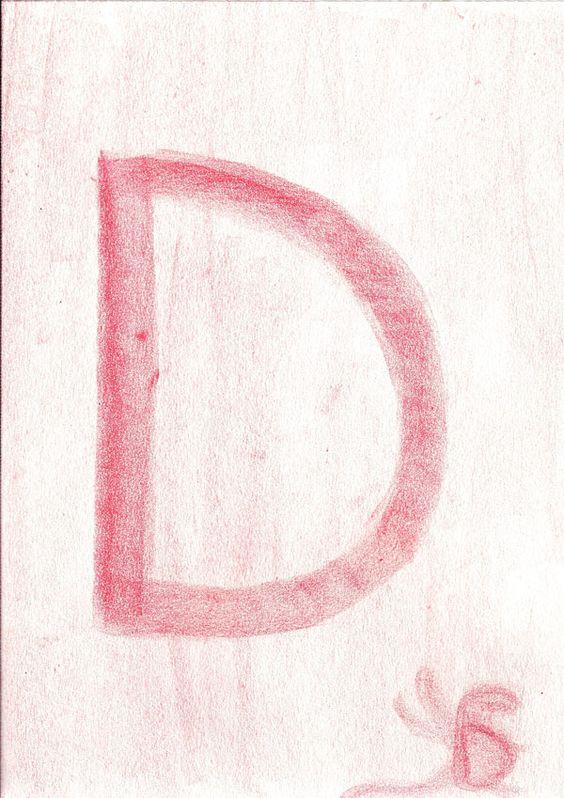 """alphabet waldorf """"-Commencer par les lettres capitales latines -Introduire qu'une lettre par semaine en commençant par raconter l'histoire ou jouer une histoire sur table. -Faire le dessin devant votre enfant. IL pas de grand discours à faire il vous imitera. - Vivre la lettre dans son corps (faire lettre avec son corps avec ses mains en modelage, dans du sable"""