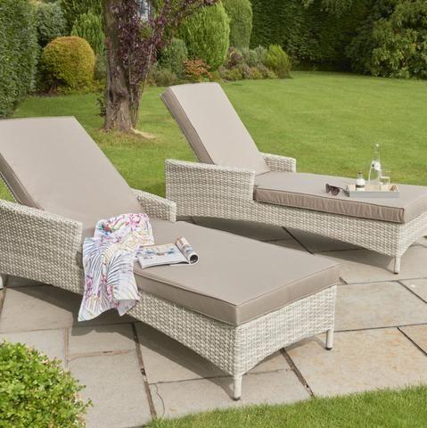 Comfy Garden Loungers In 2020 Garden Loungers Lounger Garden