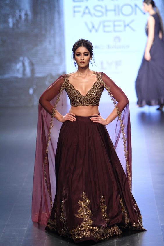 Ridhi Mehra at Lakmé Fashion Week winter/festive 2016