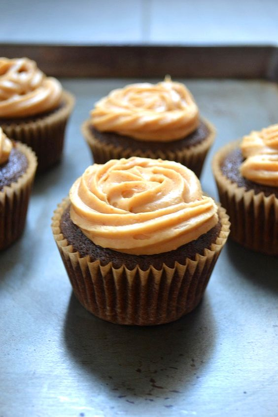 Sage Recipes | Dairy-free Chocolate Cupcakes with Frosting Two Ways | http://www.sagerecipes.com