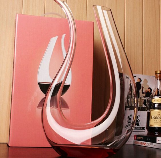 Handmade Crystal Glass Amadeo Wine Decanter Decorative Harp Shape Aerator Flask Barware. Type: Bar ToolsModel Number: wt-107Brand Name: wentangDiameter: 5-10cmFeature: Eco-Friendly,StockedBar Tools Type: Wine PourersCertification: CE / EU,CIQType: Bar ToolsColor: TransparentMaterial: Crystal GlassSize: About 35cm(Height)N.W.: About 0.8kgContent: 1500MLFunction: Wine Decanting, Decoration, Art Collectible and Gift etc.Application Place: Office, Home , Bar, Cafe, Restaurant, Shop Window and…
