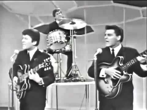 The Searchers - Needles And Pins ('64) .flv - YouTube