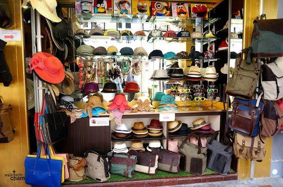 Một cửa hàng ở Bugis Street - Haji Lane