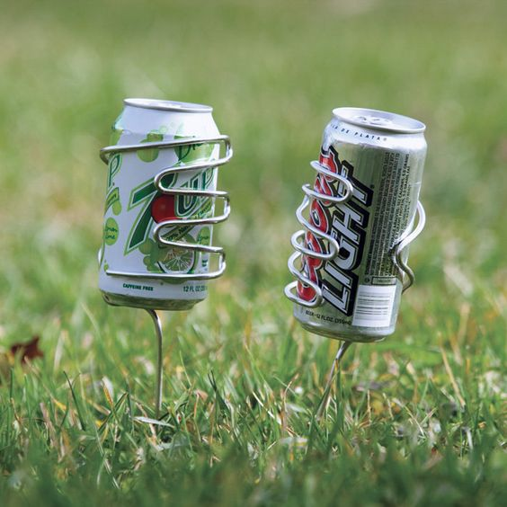 Keep your beverage can, bottle or tumbler in place and upright while picnicking or entertaining outdoors.