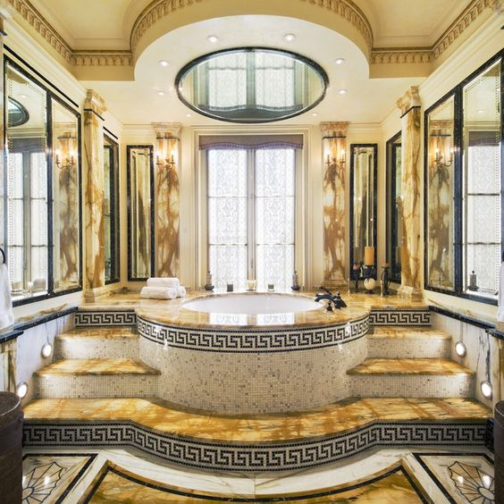 Rent Gianni Versace S Former Manhattan Townhouse For 120 000 A Month Versace Mansion Versace Home Bathroom Design Luxury