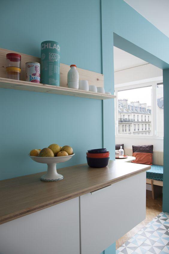 1000 id es sur le th me effets de peinture sur pinterest fausse peinture ferme style shabby for Cuisine blanche mur bleu canard