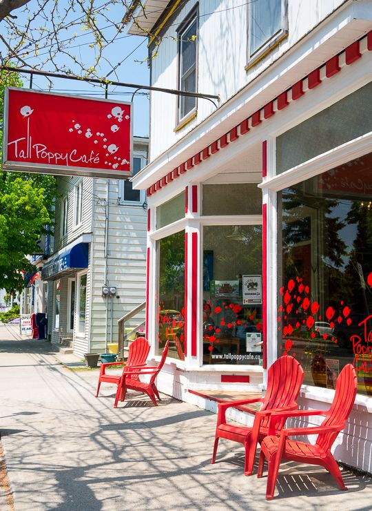 Tall Poppy Cafe: A coffee shop with a purpose. Love the cafes in Prince Edward County! Find out what else to see and do in this region in Ontario.