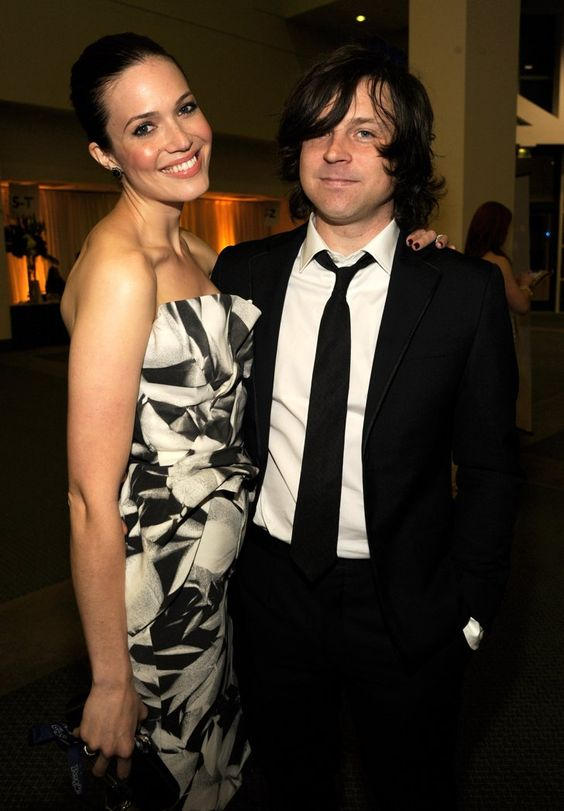 Pin for Later: Retour Sur les 31 Couples Qu'on a Perdu en 2015 Mandy Moore et Ryan Adams