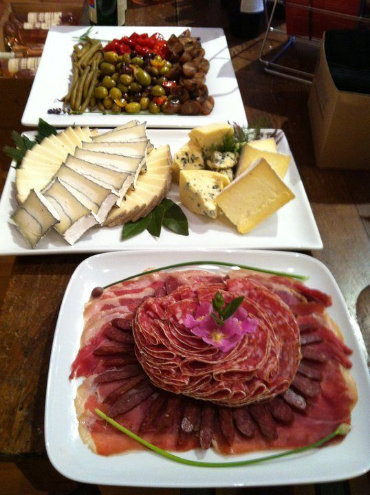 bayleaf wine bar | tray catering and paella