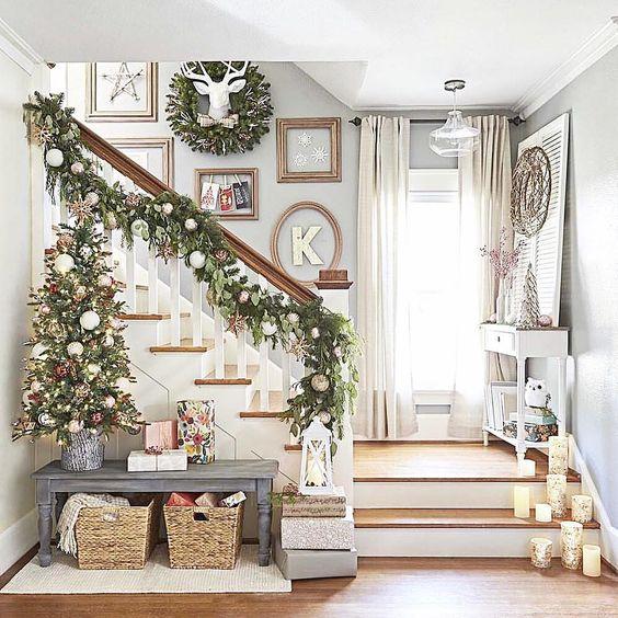 yeni yıl duvar dekorasyonu-duvar süsleri-duvar dekorasyonu-merdiven duvar dekoru-yeniyıl süsleri