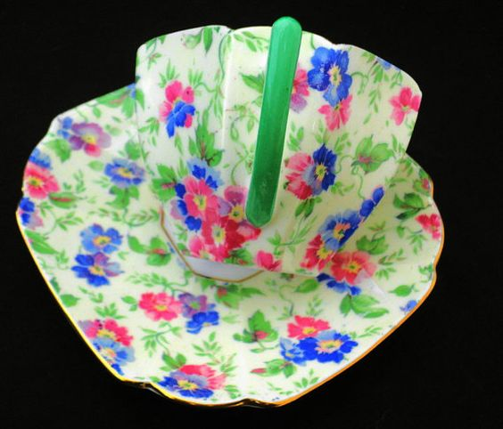 Shelley queen anne art deco pink green & blue chintz tea cup and saucer