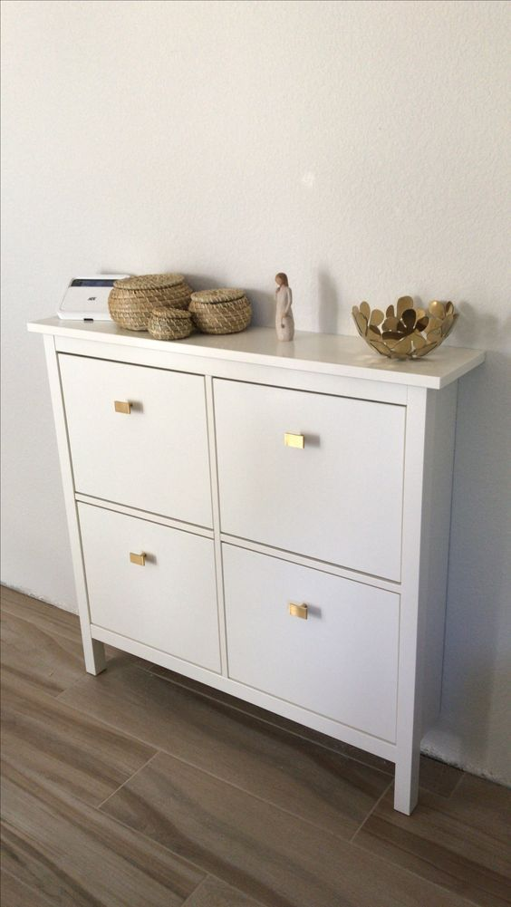 Update A Simple Ikea Hemnes Shoe Cabinet With Stylish Geometric Pulls Liek These Ones For A Bright Modern Look Meuble Entree Hemnes Ikea