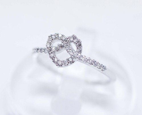 #GetSweetHJ on Artfire    #ring                     #Knot #Heart #detailed #with #Ring #Silver          Knot Heart detailed with CZ Ring in Silver                                    http://www.seapai.com/product.aspx?PID=1191946