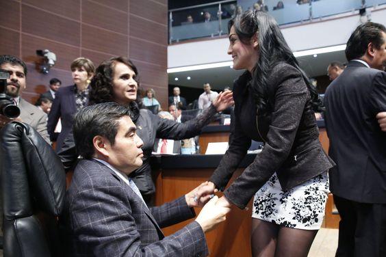 Miguel Barbosa, Iris Mendoza