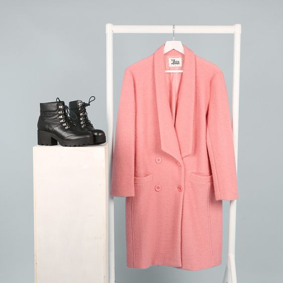 Heavy Tread Hiker Boots http://bit.ly/1ylcPXI Oversized Wool Coat Pink http://bit.ly/1Gov9EQ