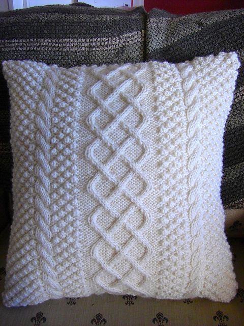 Ravelry: Aran Inspired Cushion pattern by Leslie Gonzalez crochet & kni...