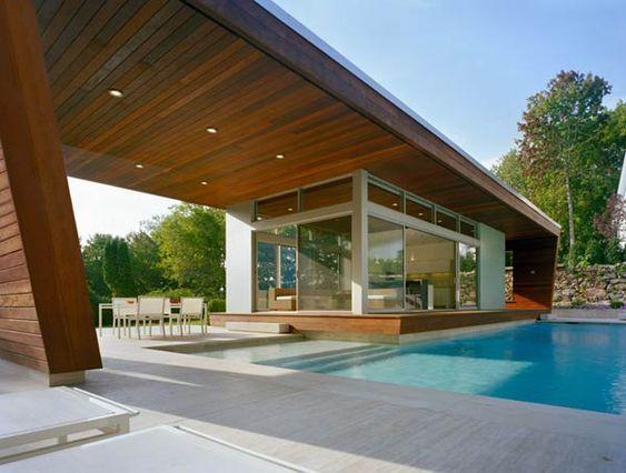 Resultado de imagen para Casa moderna con piscina y techo en voladizo
