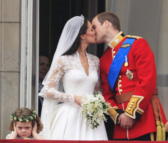 It's the Cambridges' fourth wedding anniversary. They'll have something else to celebrate soon! #RoyalBabyWatch