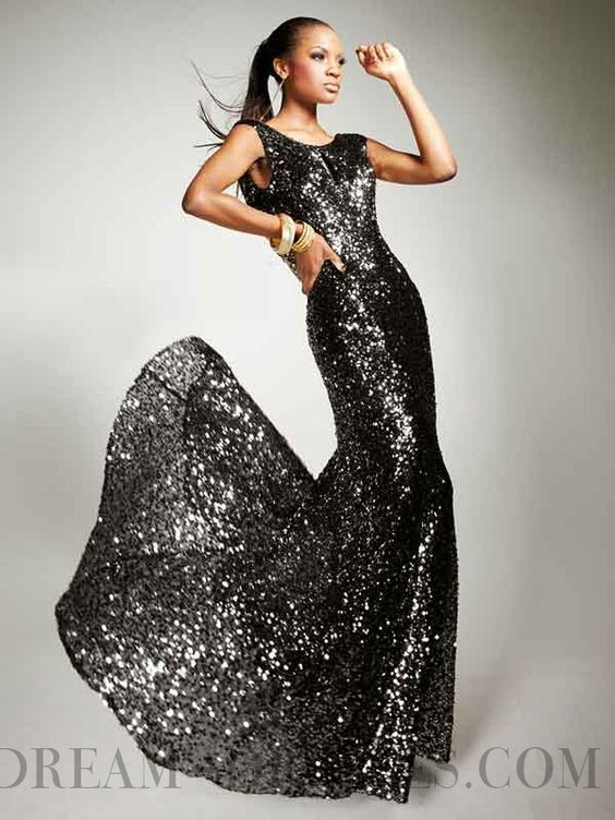 A-line Bateau Backless Sequined Evening Dresses