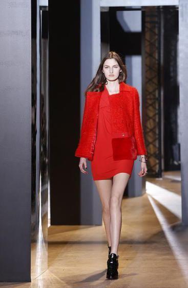 Pariser Fashion-Week: Kollektion des britischen Designers Bill Gaytten für John Galliano.  (Bild: epa)