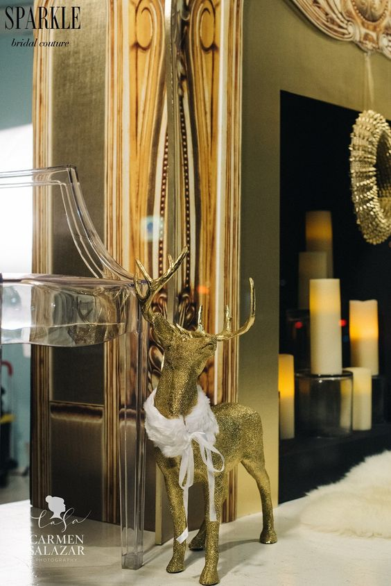 Taking familiar items or images and adding your own style to it can be a lot of fun. This golden reindeer is so chic and adorable with its little fur stole. @katewhelanevent #katewhelanevents http://katewhelanevents.com/   @FlourishShannon #Flourish http://www.flourishdesigns.com/ #carmensalazarphotography  @carmensalazar http://www.carmensalazar.com/ @partyconcierge1 #thepartyconcierge http://partyconcierge.com/
