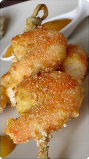 Crevettes panées, sauce à la pêche