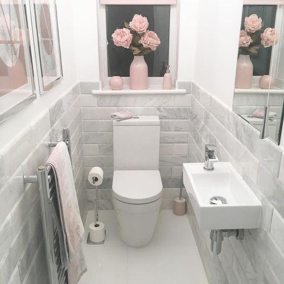 50 Witte Toilet Ideeen Voorbeelden Met Design Inspiratie Ontwerp Klein Inrichting Decoratie Sophisticated Bathroom Bathrooms Remodel Small Toilet