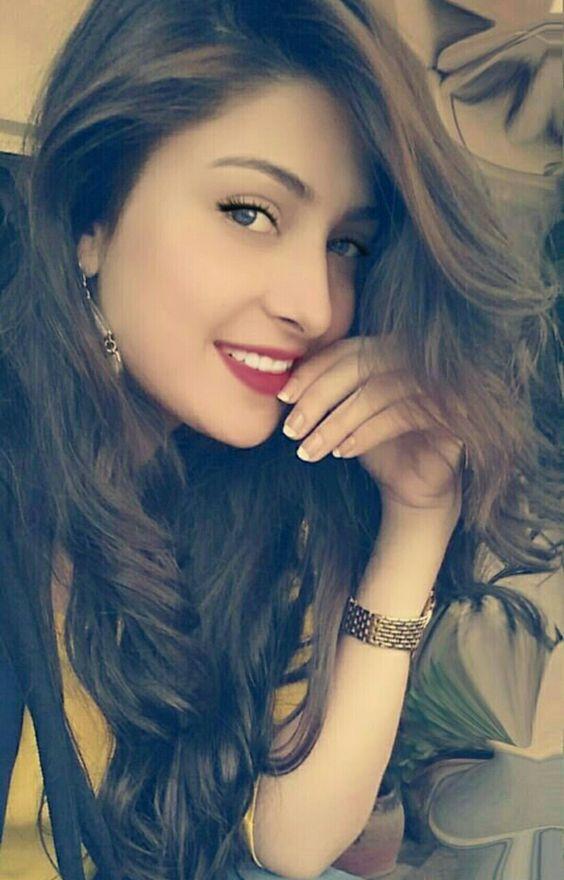 Aayeza khan