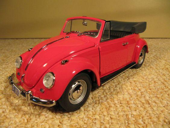 1967 VW Käfer Cabrio Modellauto von  Franklin Mint, Maßstab 1:24