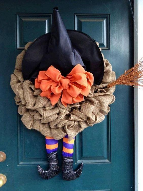 Cute DIY burlap witch wreath