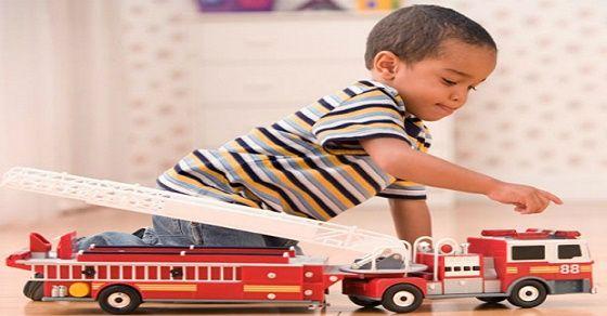 Cách giữ an toàn cho bé yêu khi chơi với đồ chơi