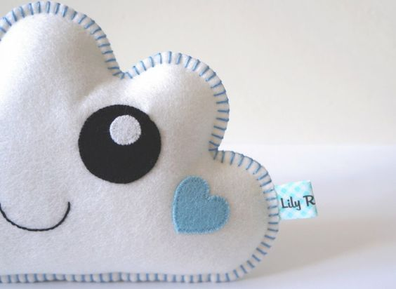 Diy cloud pillow