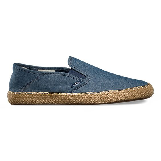 Fusing the modern comfort of Surf Siders with the classic styling of traditional espadrilles, the Slip-On ESP features low profile slip-on chambray uppers with collapsible heels, fully recyclable UltraCush™ Eco sockliners for optimum comfort, and espadrille-wrapped rubber waffle outsoles.
