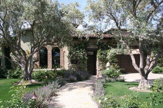 ES_Cypress Ridge_Orchard_ext_hideaway_front door wide