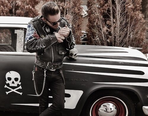 Image via We Heart It https://weheartit.com/entry/112070710/via/7869616 #hotrod #psychobilly #rock #rockabilly #vintage #rockabillyboy