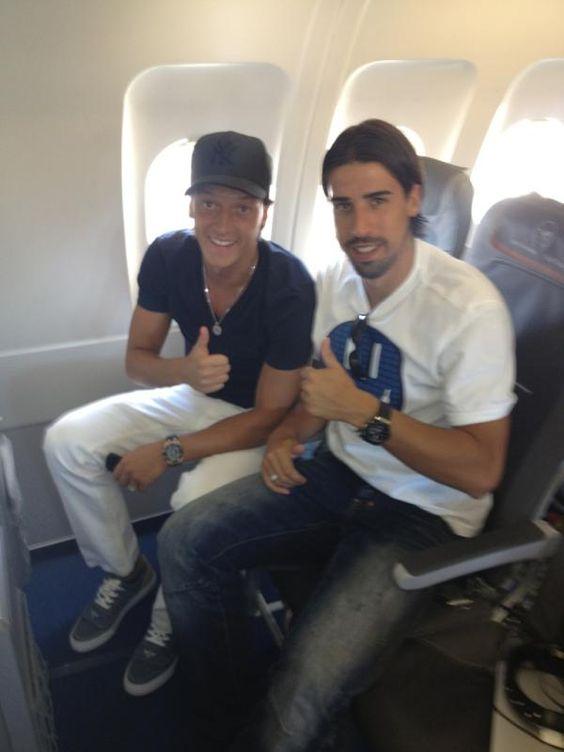 Mesut Ozil On Twitter Euro Fashion Good Soccer Players Mesut Ozil