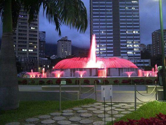 Foto de la fuente de Plaza Venezuela, Caracas