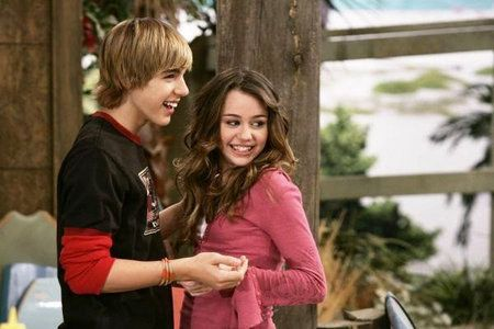 Miley and Jake — Hannah Montana | Community Post: The Definitive Ranking Of Disney Channel Couples