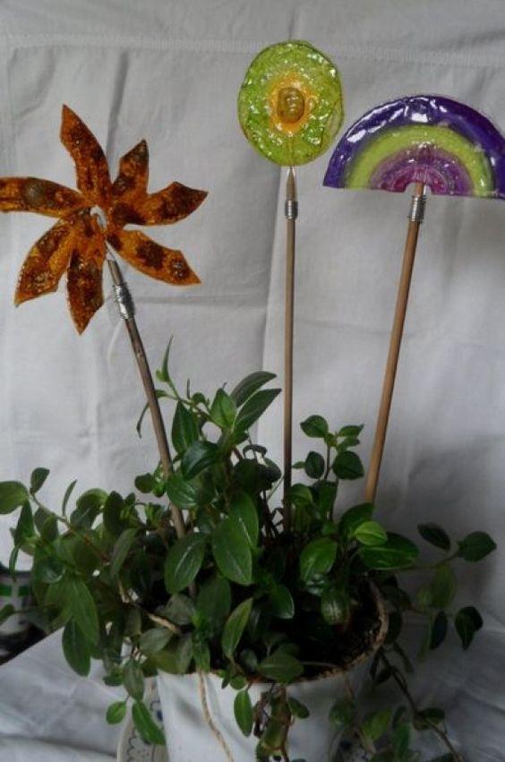 tutores para plantas de cds vintage y reciclado casa