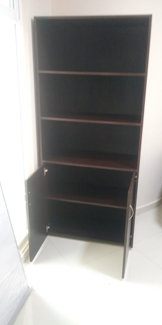 Librero Con Puertas Office Home Fabricado En Melamina Color Chocolate Cuatro Entregamos Dos Puertas Sin Cerraduras Puede Colocar Bookcase Shelves Decor